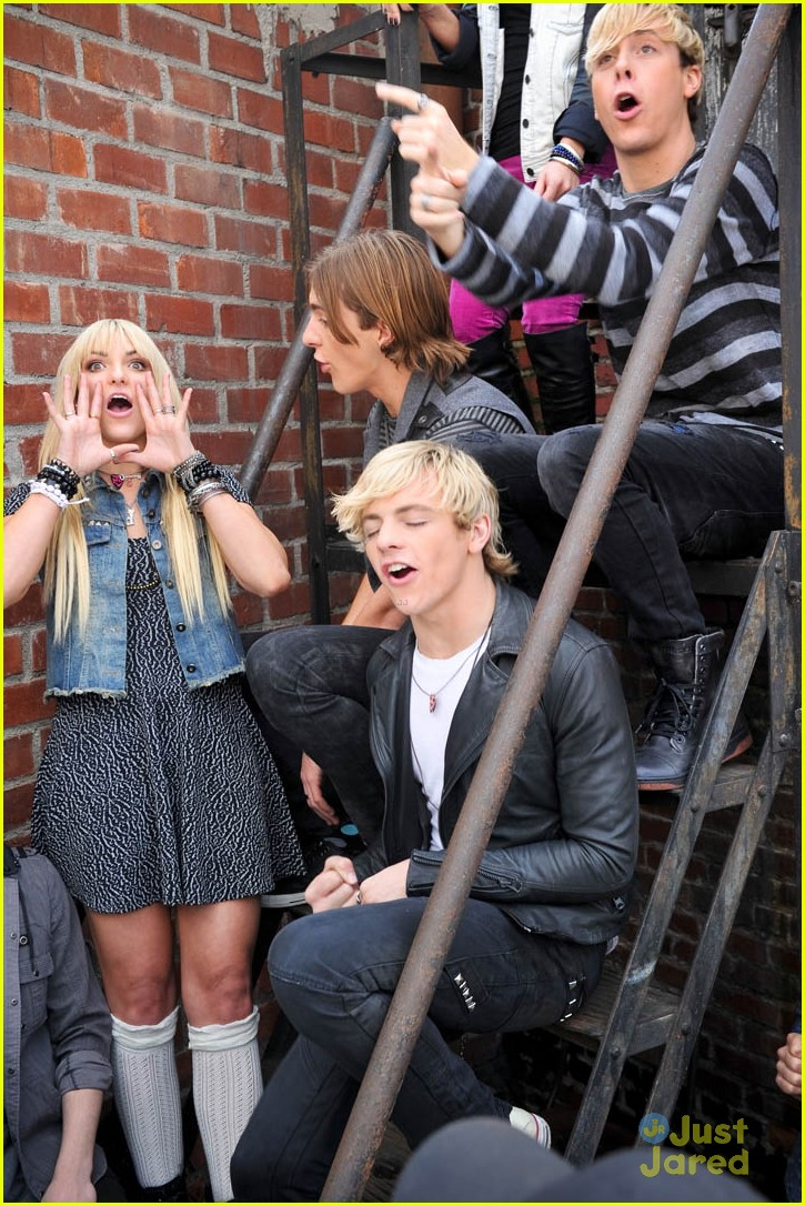 ross lynch r5 loud video 18