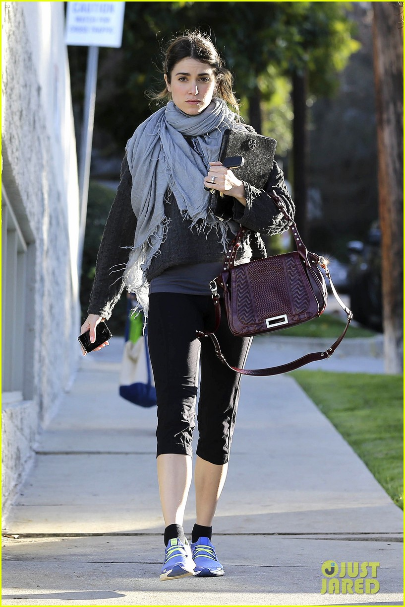 nikki reed pilates class cutie 03