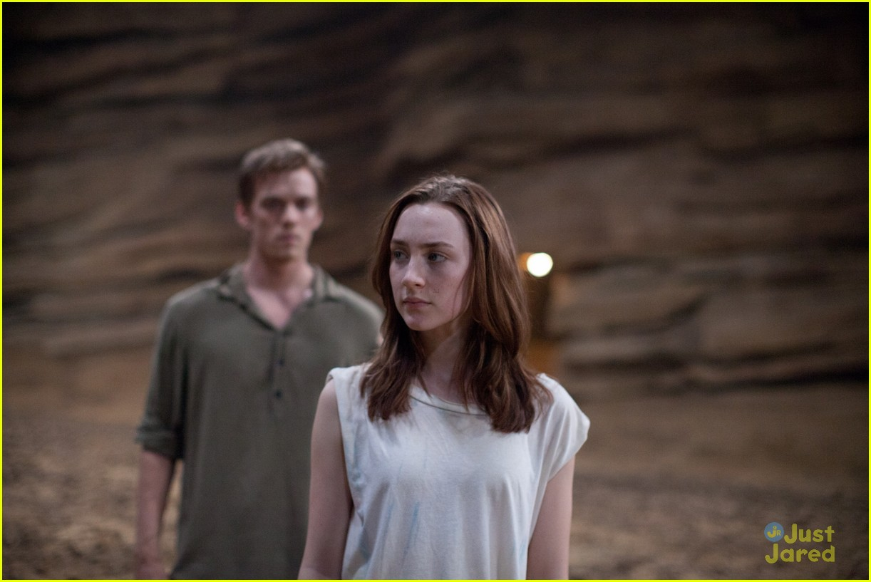 saoirse ronan new host stills 13
