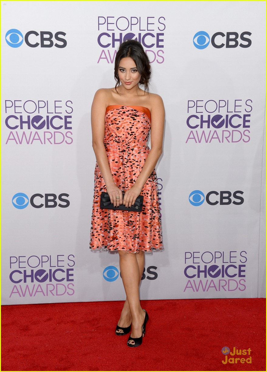 shay mitchell pcas 2013 11