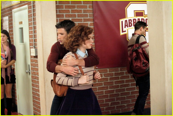 jane levy suburgatory chicken 02
