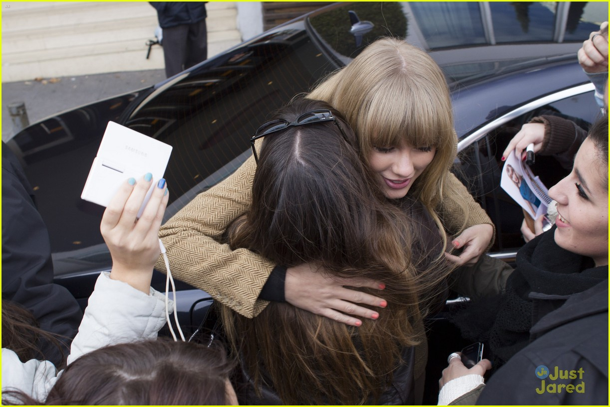 taylor swift rapunzel ad madrid 07