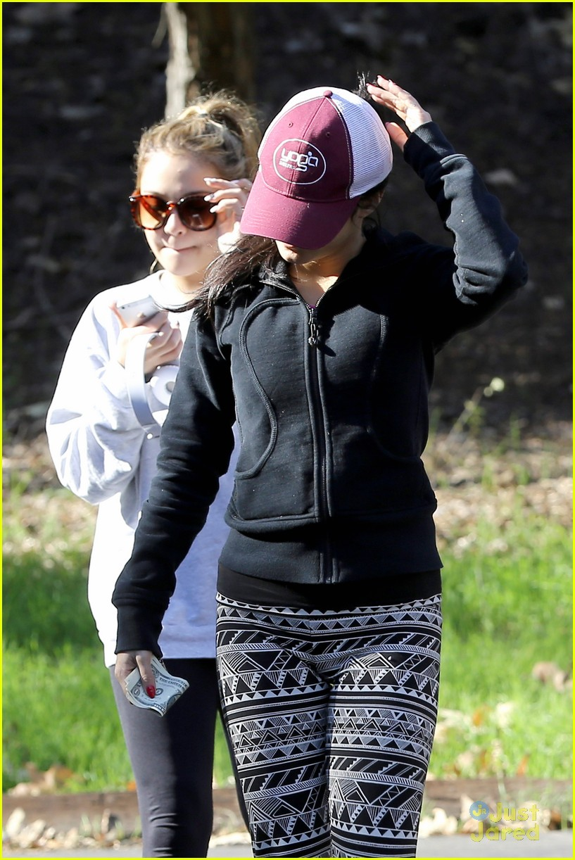 vanessa hudgens hike stella friend 18