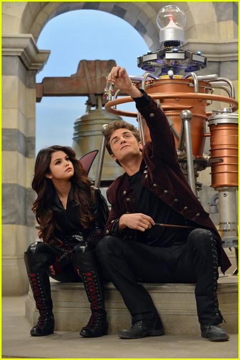 selena gomez wizards return stills 19