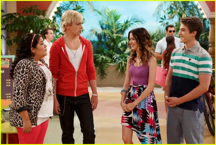 Is austin and ally still dating on the show