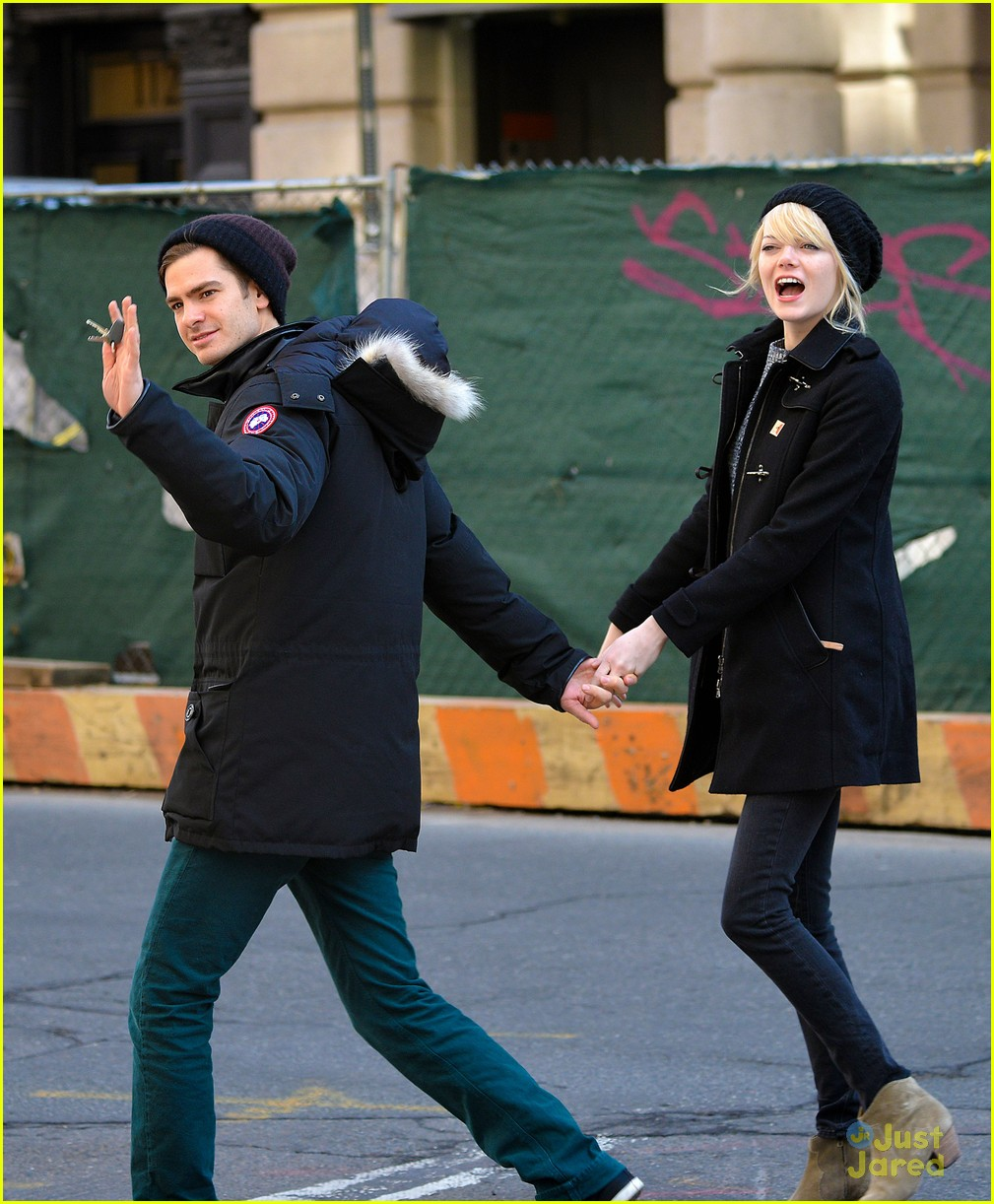 emma stone andrew garfield nyc breakfast date 01