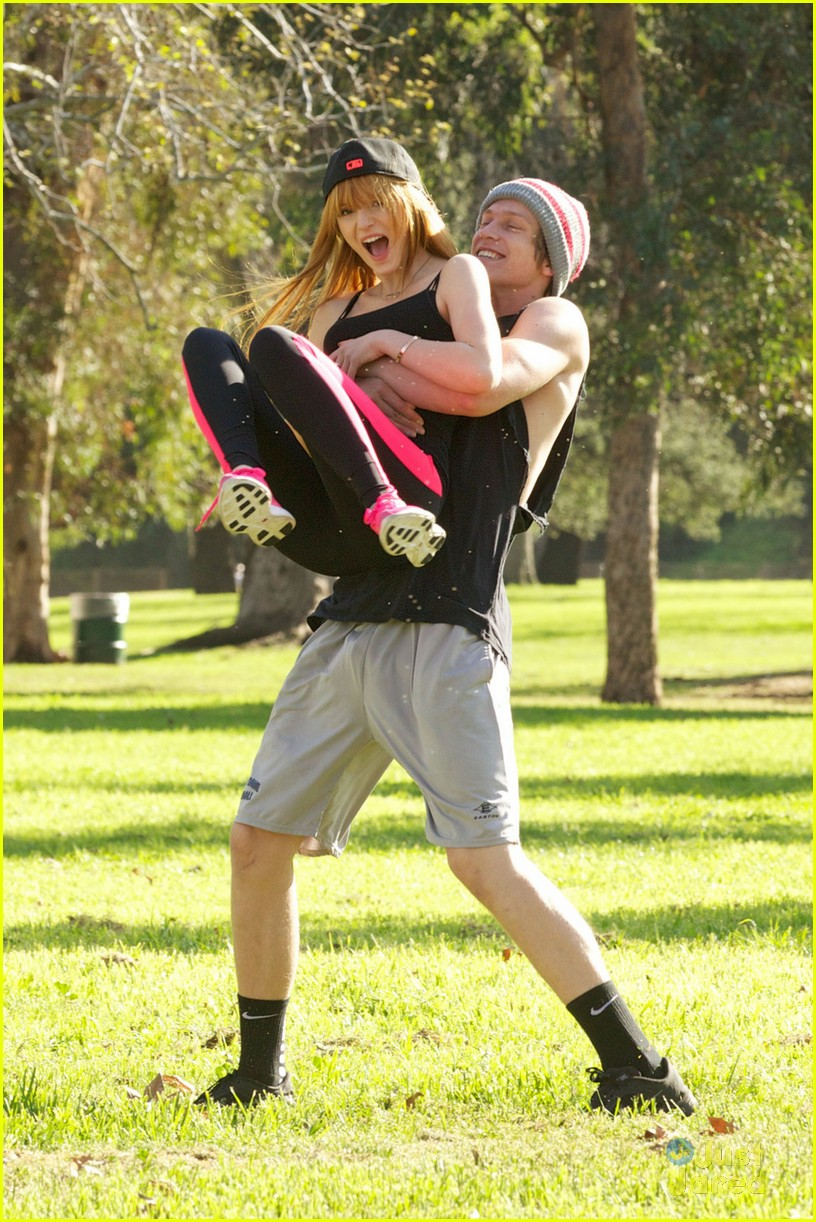 bella thorne tristan klier park workout 04