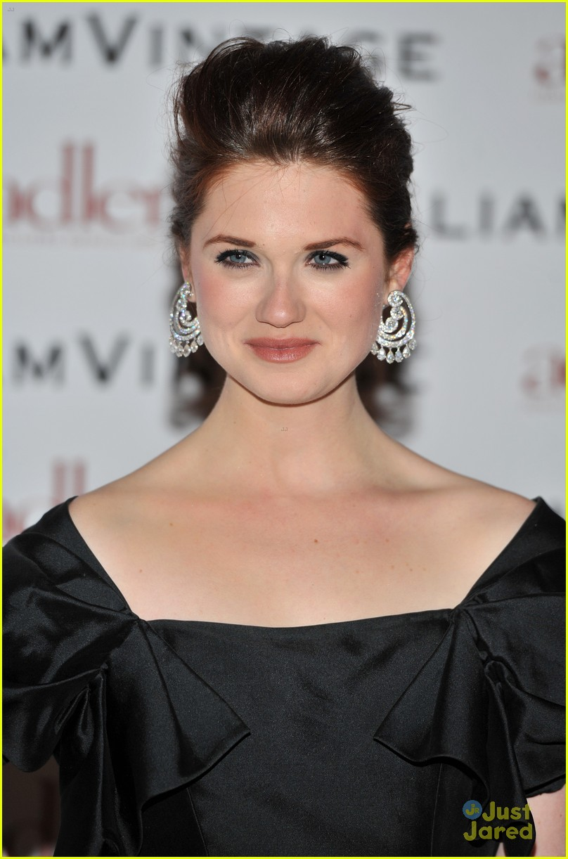 bonnie wright william vintage dinner 04
