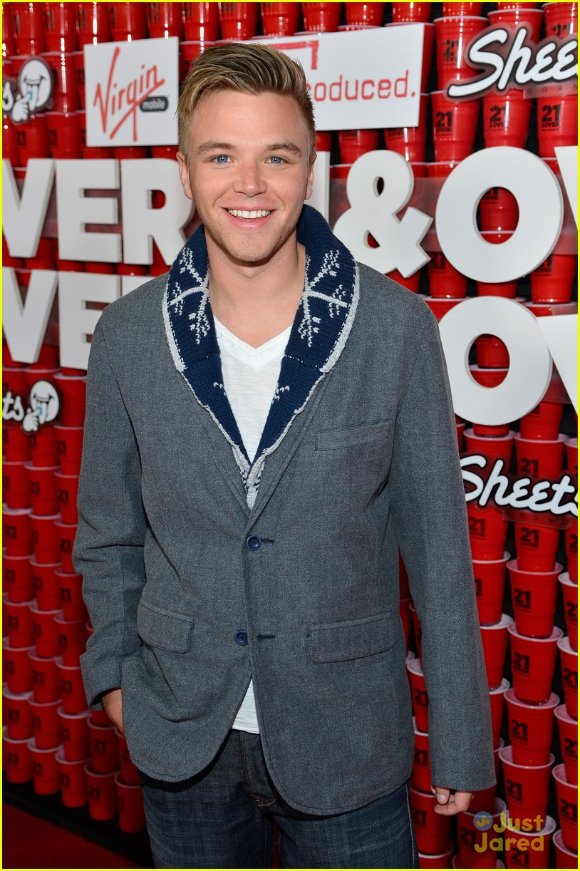 brett davern jackson harris 21 over 01