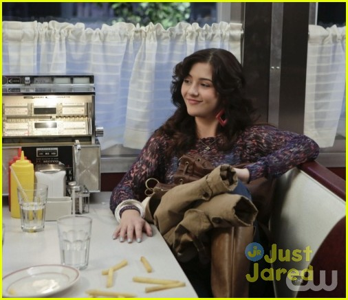 jj sits down with the carrie diaries cast 02