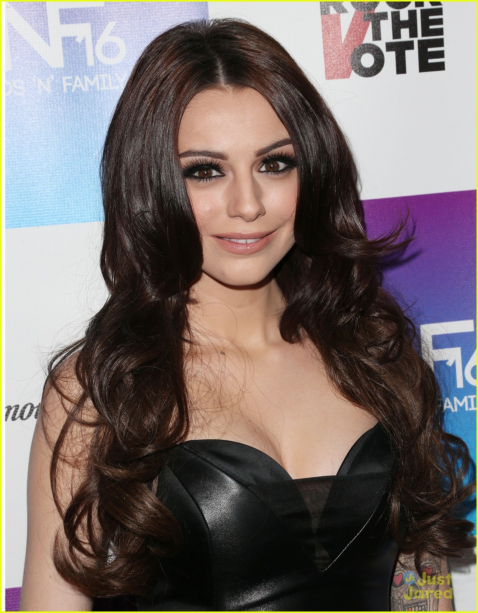 cher lloyd friends family pregrammy event 05