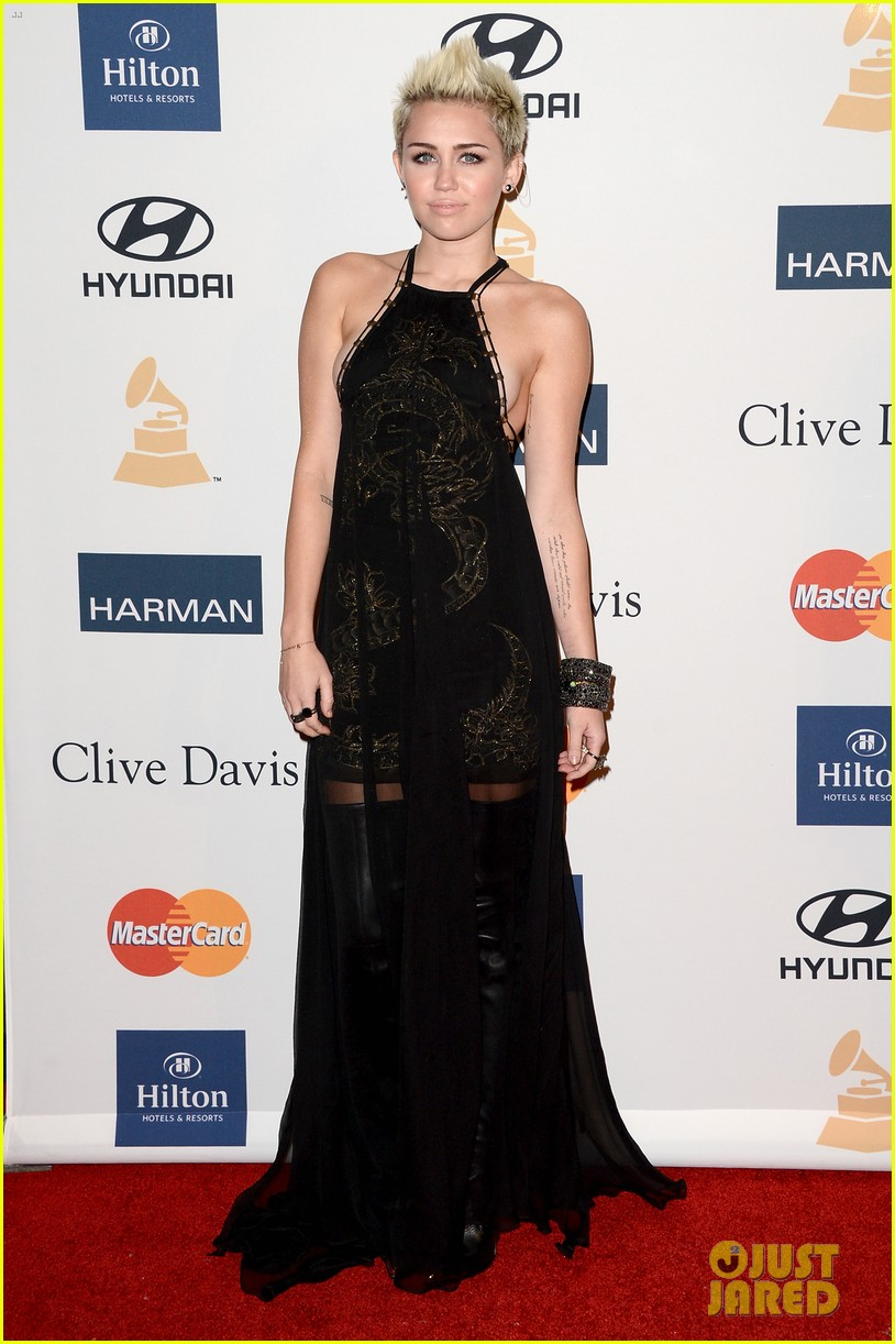 miley cyrus pre grammy party 11