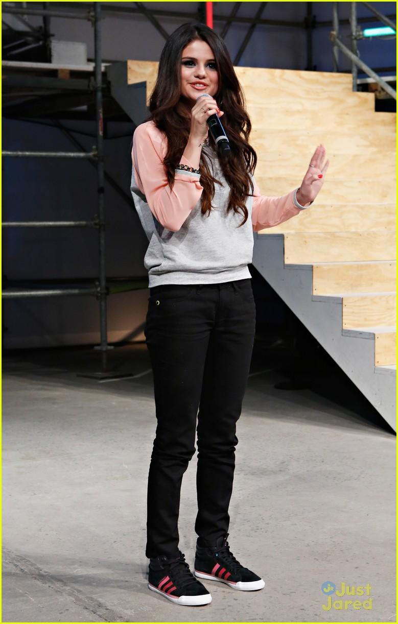 Neo Label Tumblr Selena Gomez Adidas Neo Label
