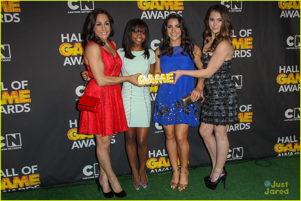 gabby douglas mckayla maroney aly raisman hall game awards 14