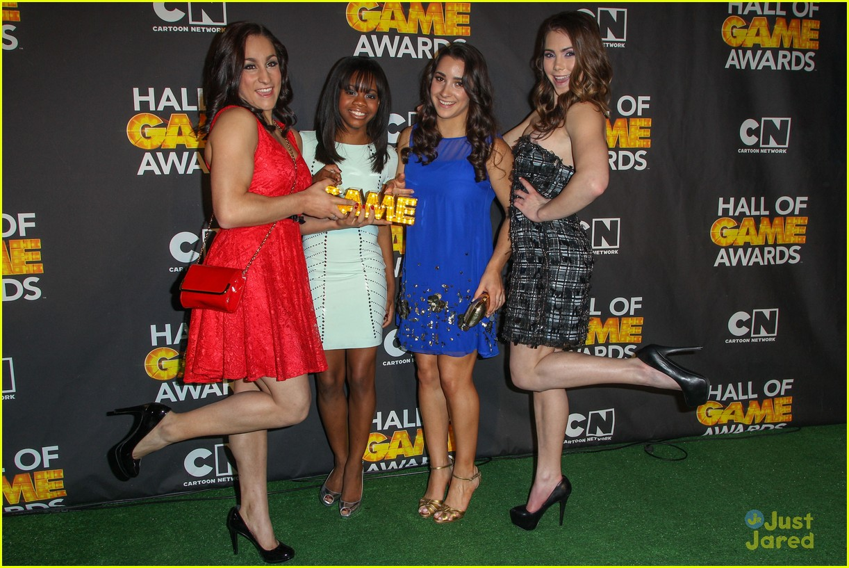 gabby douglas mckayla maroney aly raisman hall game awards 21