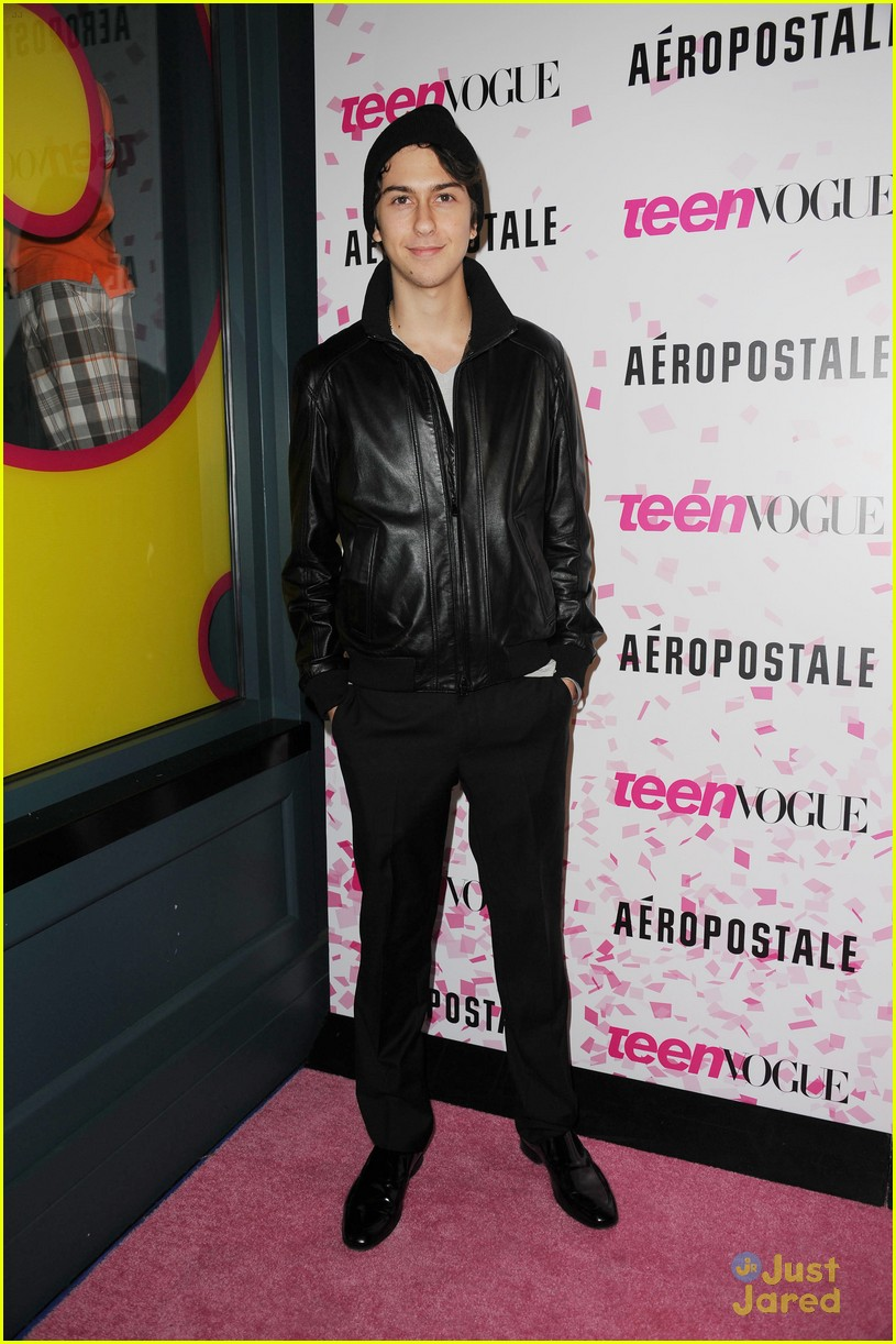jake t austin wolff bros teen vogue party 04