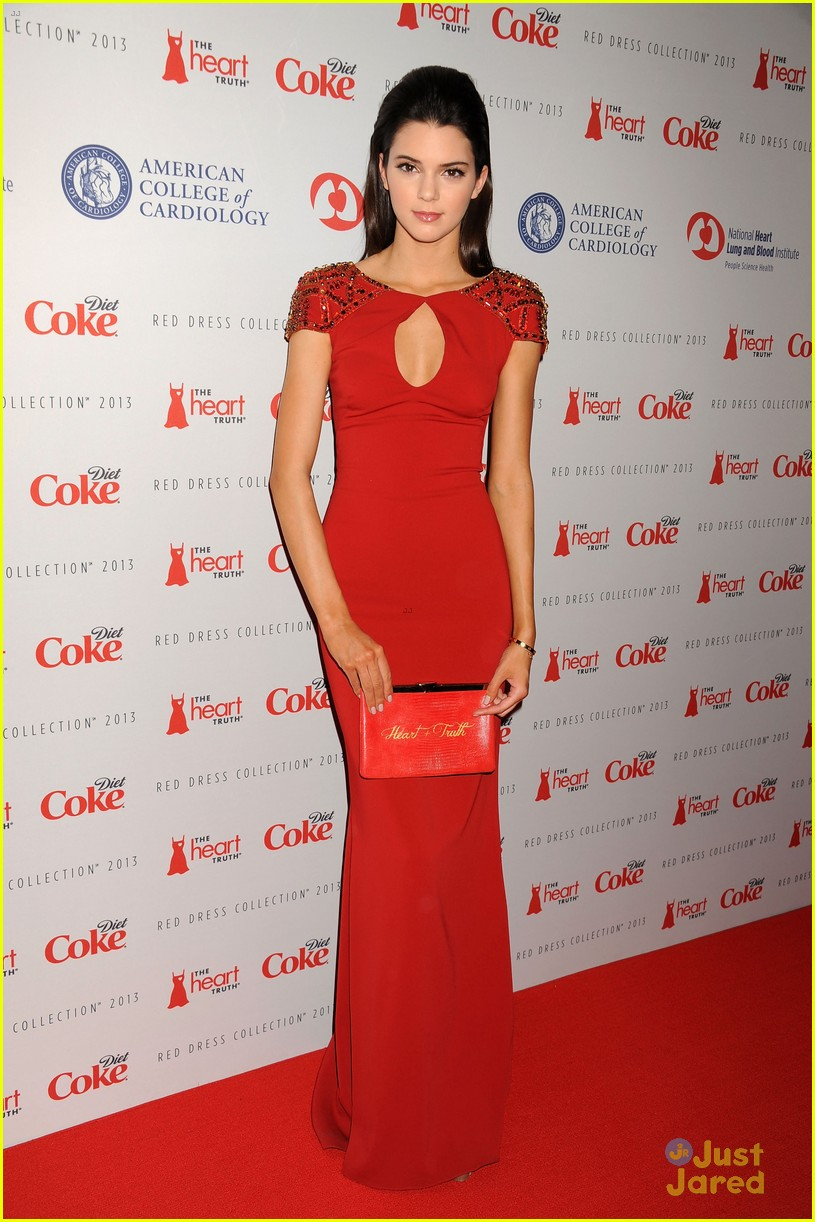 kendall kylie jenner heart truth red dress fashion show 2013 01