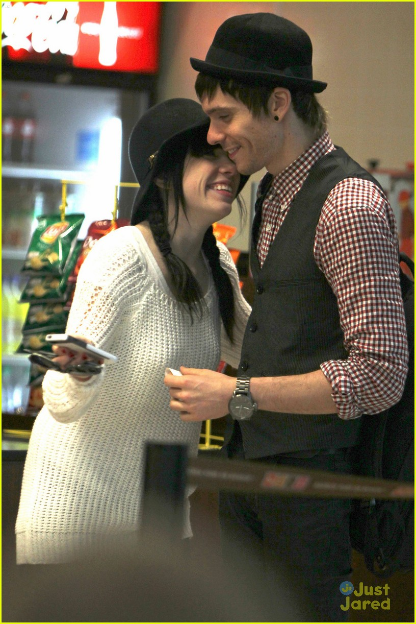 carly rae jepsen movie date matt koma 03