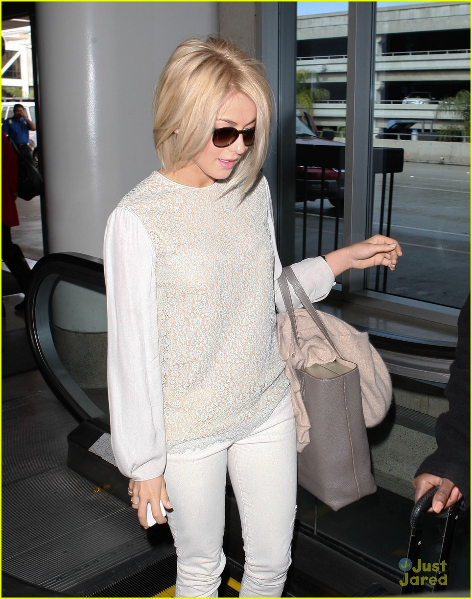 julianne hough lax arrival 02