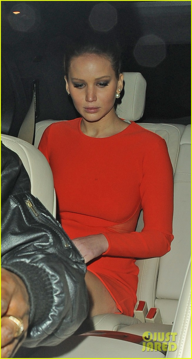 jennifer lawrence lovely london dinner 11