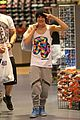 Mahone-shopper austin mahone miami shopping trip 05