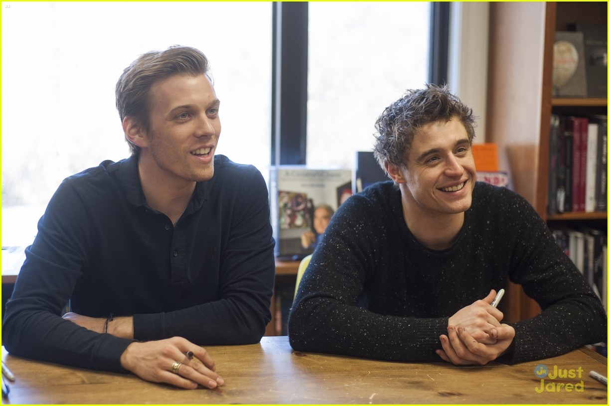 jake abel max irons dc host signing 06