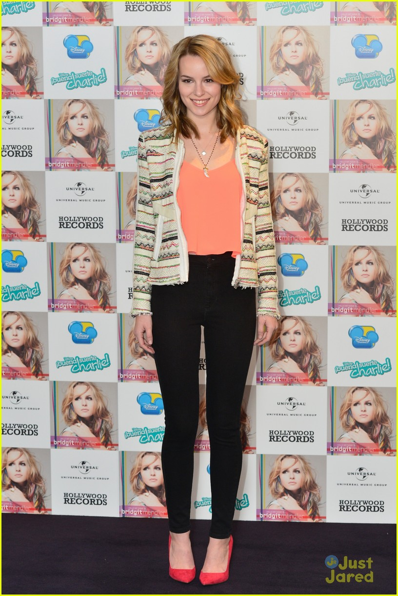 bridgit mendler madrid album photocall 15
