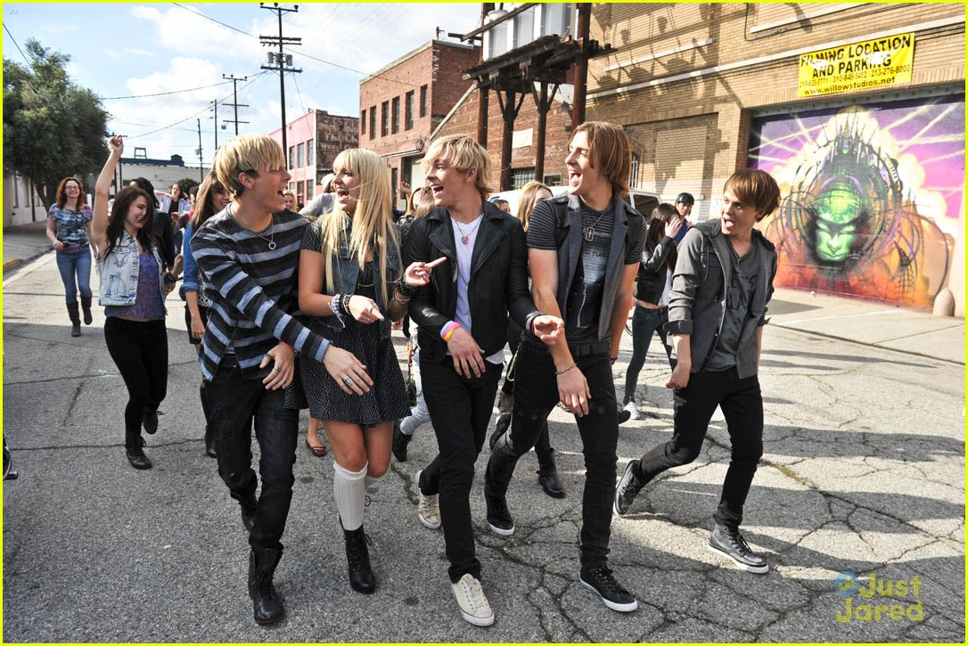 r5 loud summer tour 04