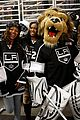 Ai-hockey american idol la kings hockey game 04
