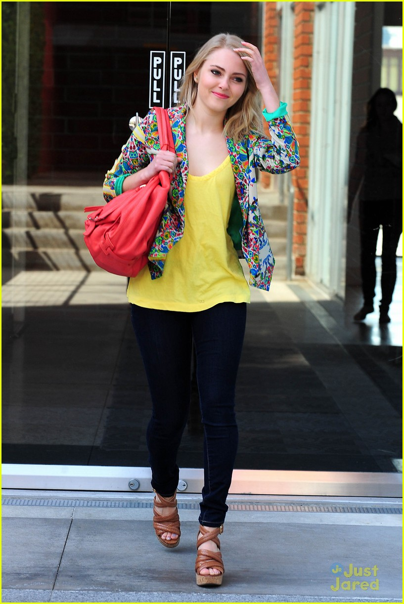 annasophia robb carrie hair 11