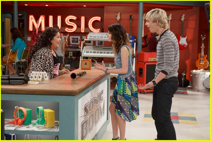 austin and ally dating stories In last dances & last chances, they both broke up with gavin and piper to be  together austin then asked ally to be his prom date, and she said yes, they.