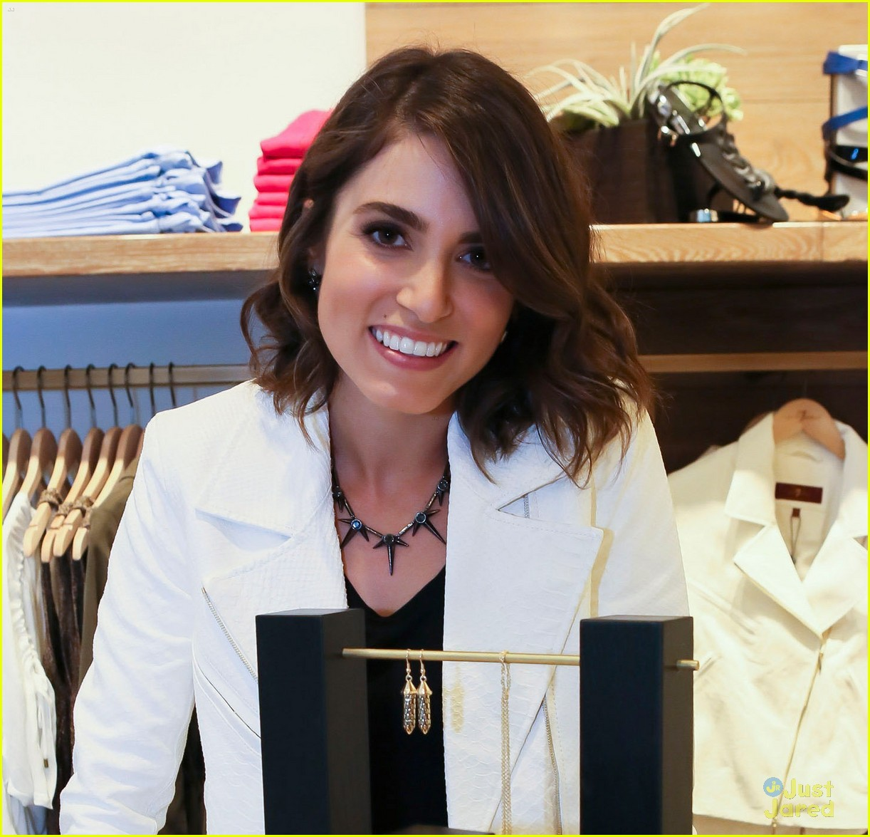 nikki reed 7 mankind launch 02
