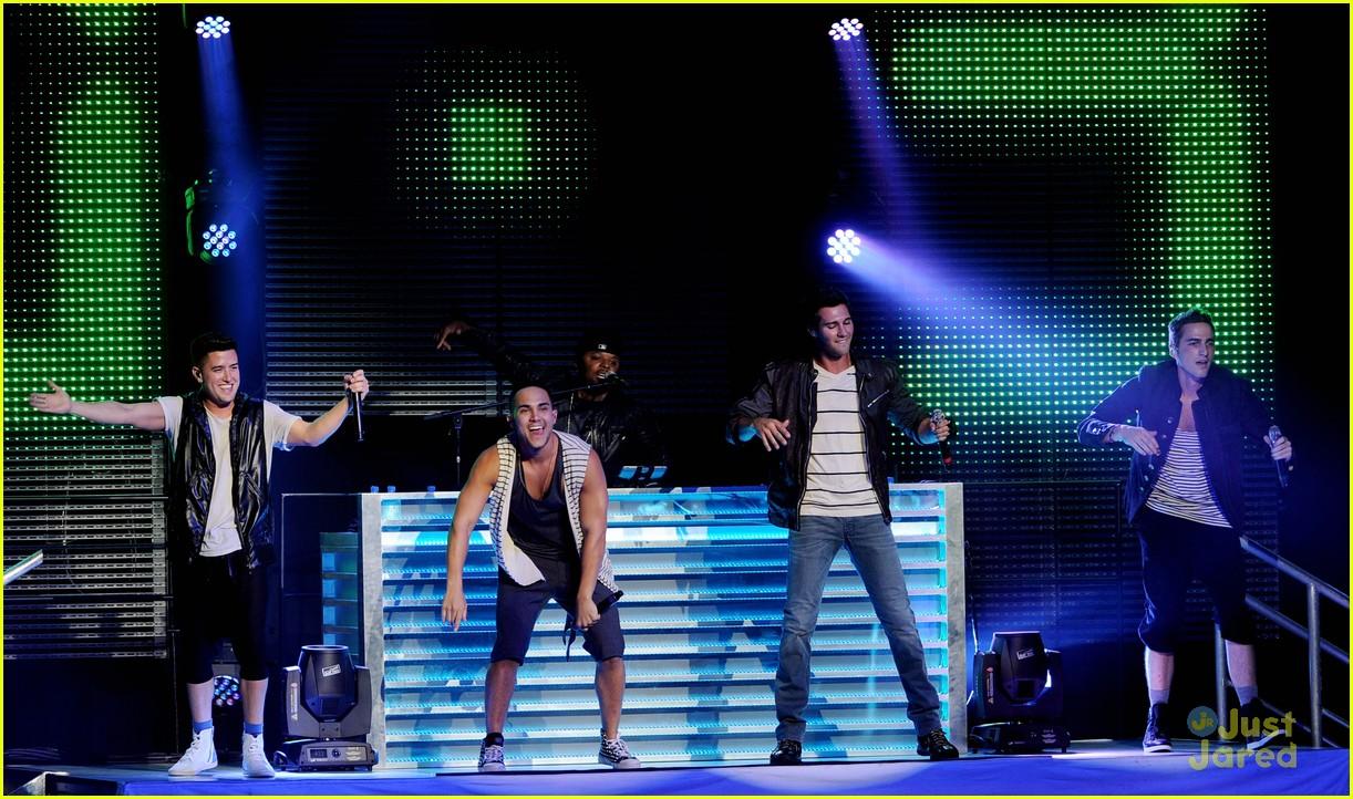 big time rush summer break tour performance 10