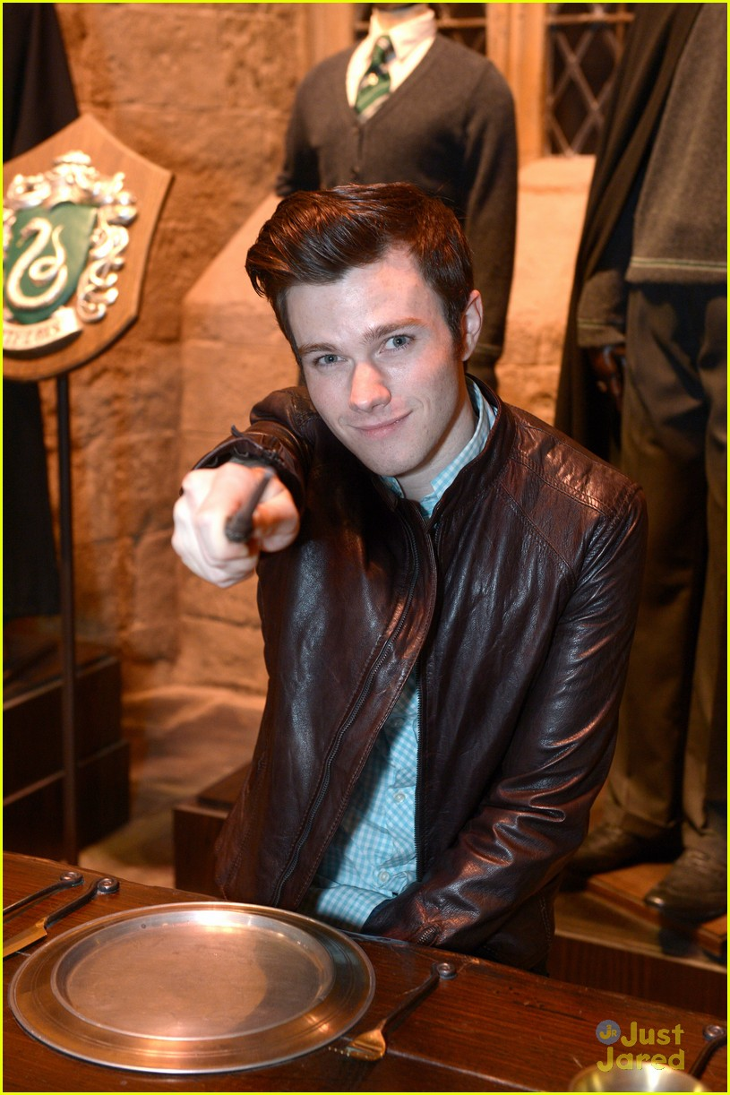 chris colfer hp studio tour london 11