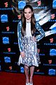 Hailee-summit hailee steinfeld asa butterfield summit comic con party pair 09