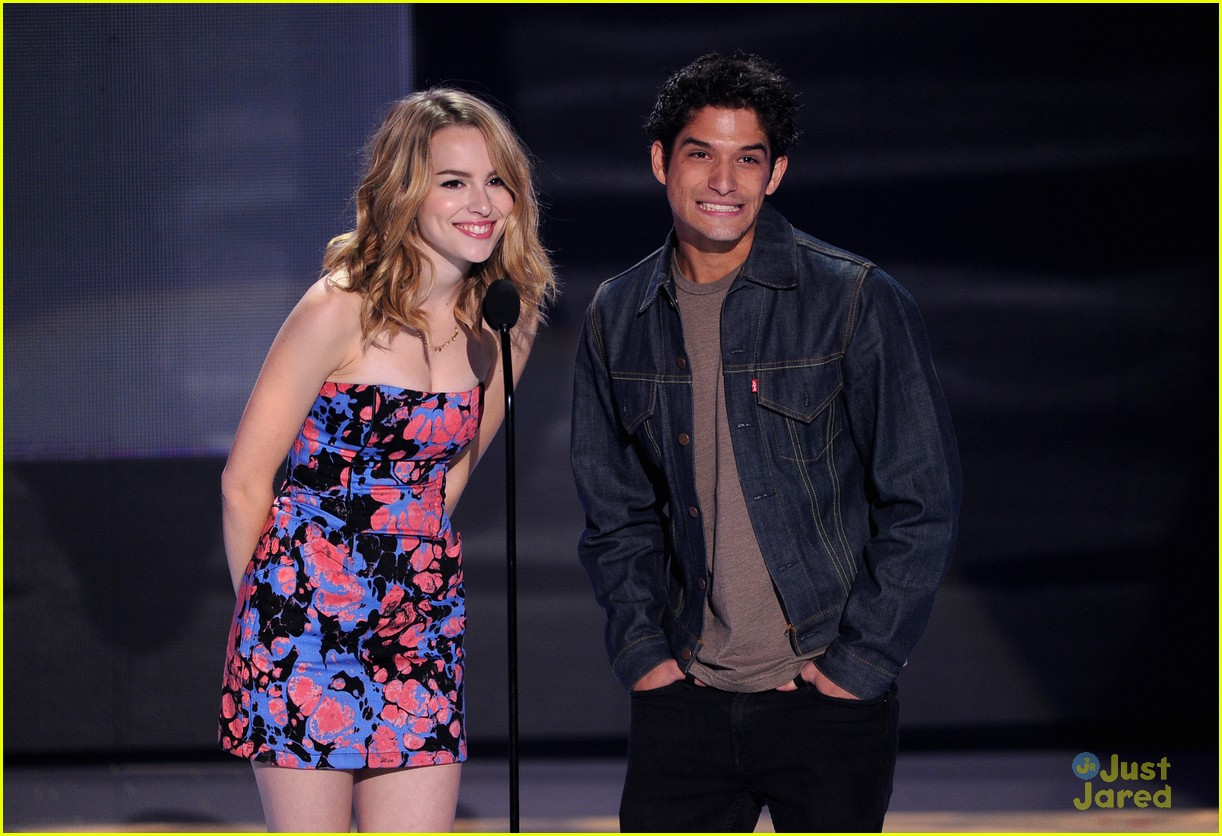 bridgit mendler teen choice awards 2013 08