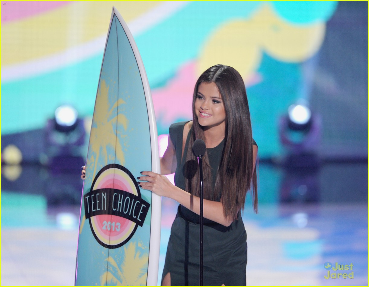 selena gomez teen choice awards 2013 06