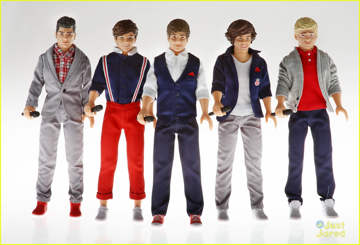 Uncategorized Free One Direction Games win a set of one direction singing dolls board game for free 1d 01