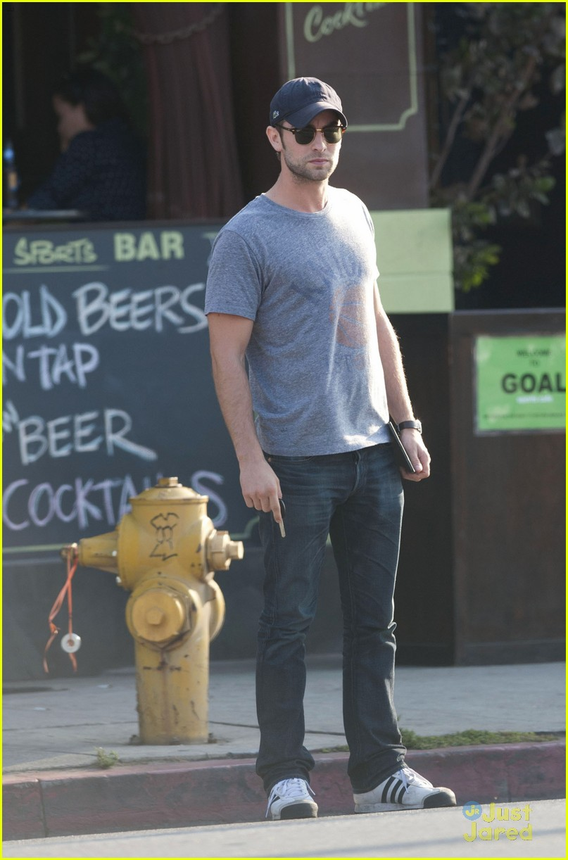chace crawford dating 2013 Chace crawford net worth: chace crawford is an american actor who has a net worth of $6 million christopher chace crawford was born.