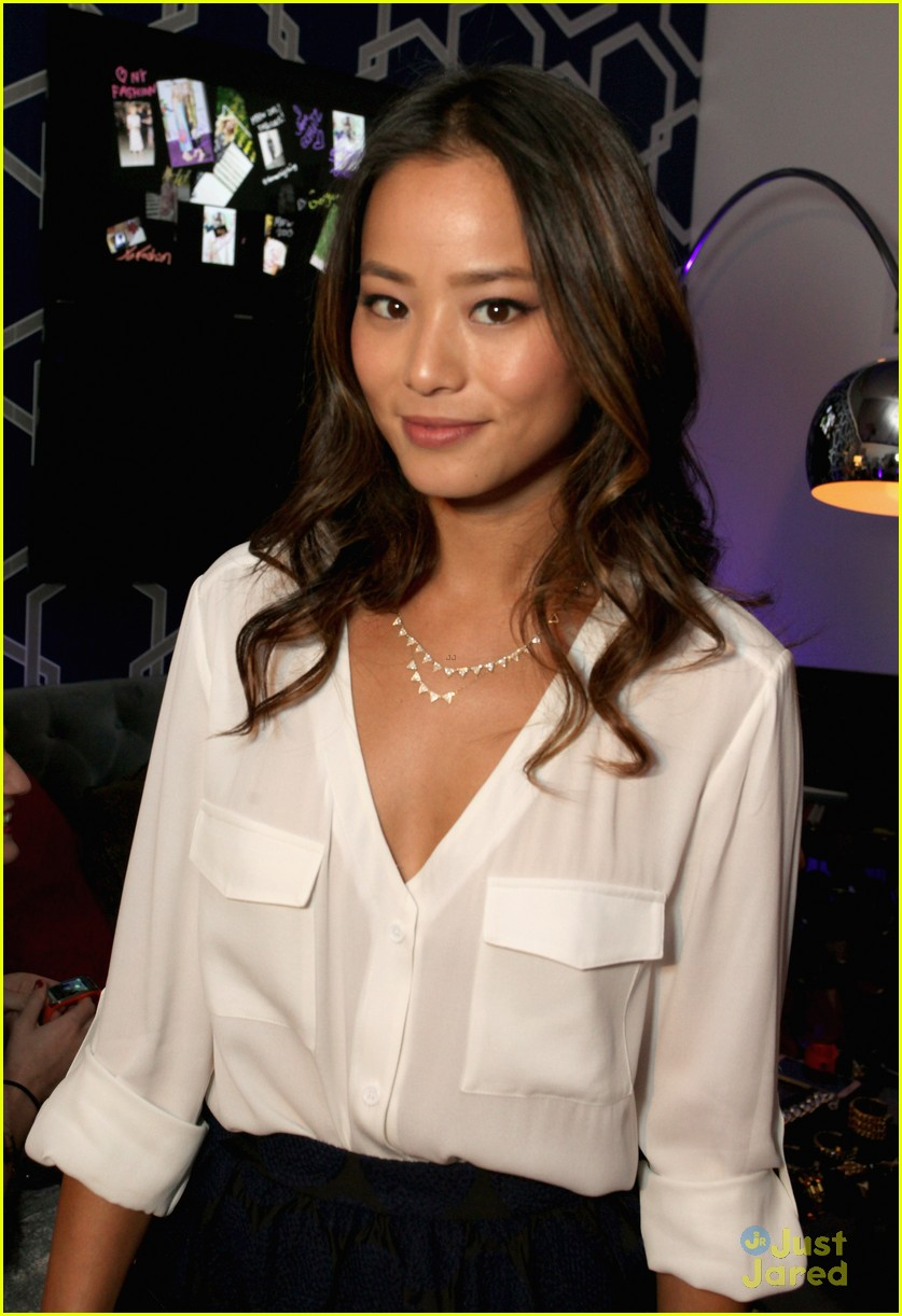 jamie chung kat graham alice olivia fashion show 05