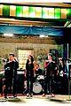 Lea-demi lea michele glee set pics demi lovato 01