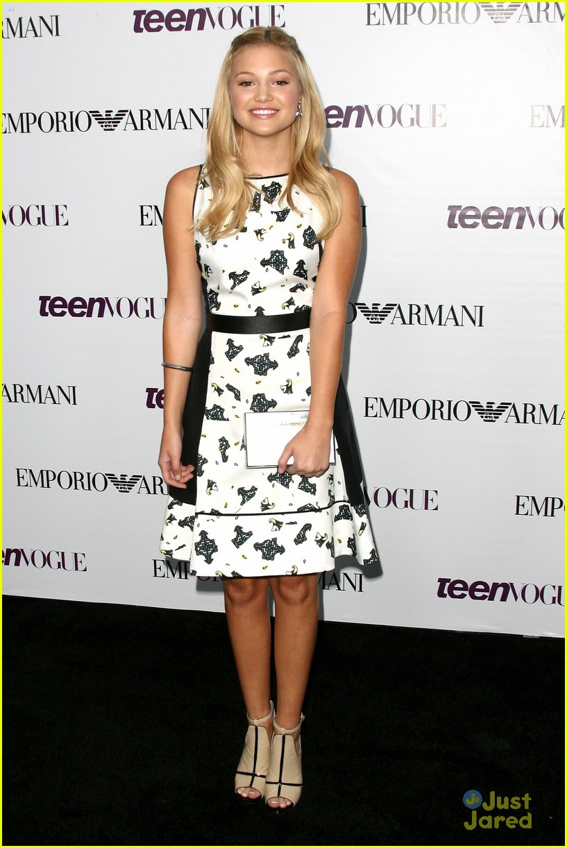 olivia holt peyton list china mcclain teen vogue party 01