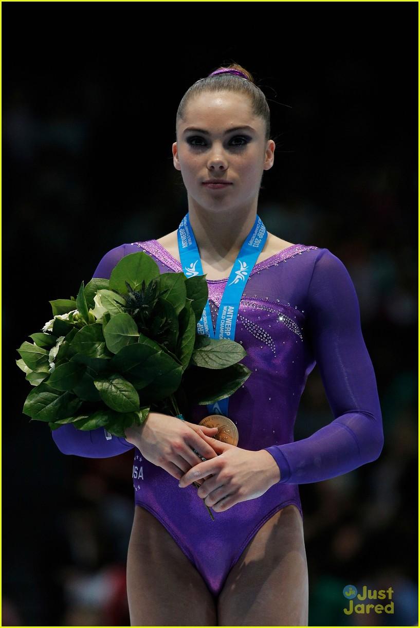 mckayla maroney kyla ross antwerp championships 02