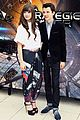 Stein-egp hailee steinfeld asa butterfield enders game in paris 02