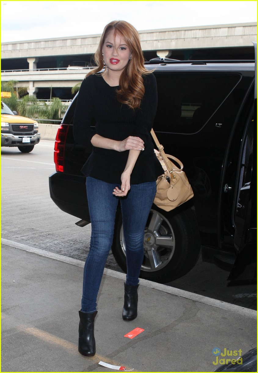 debby ryan flight out lax 01