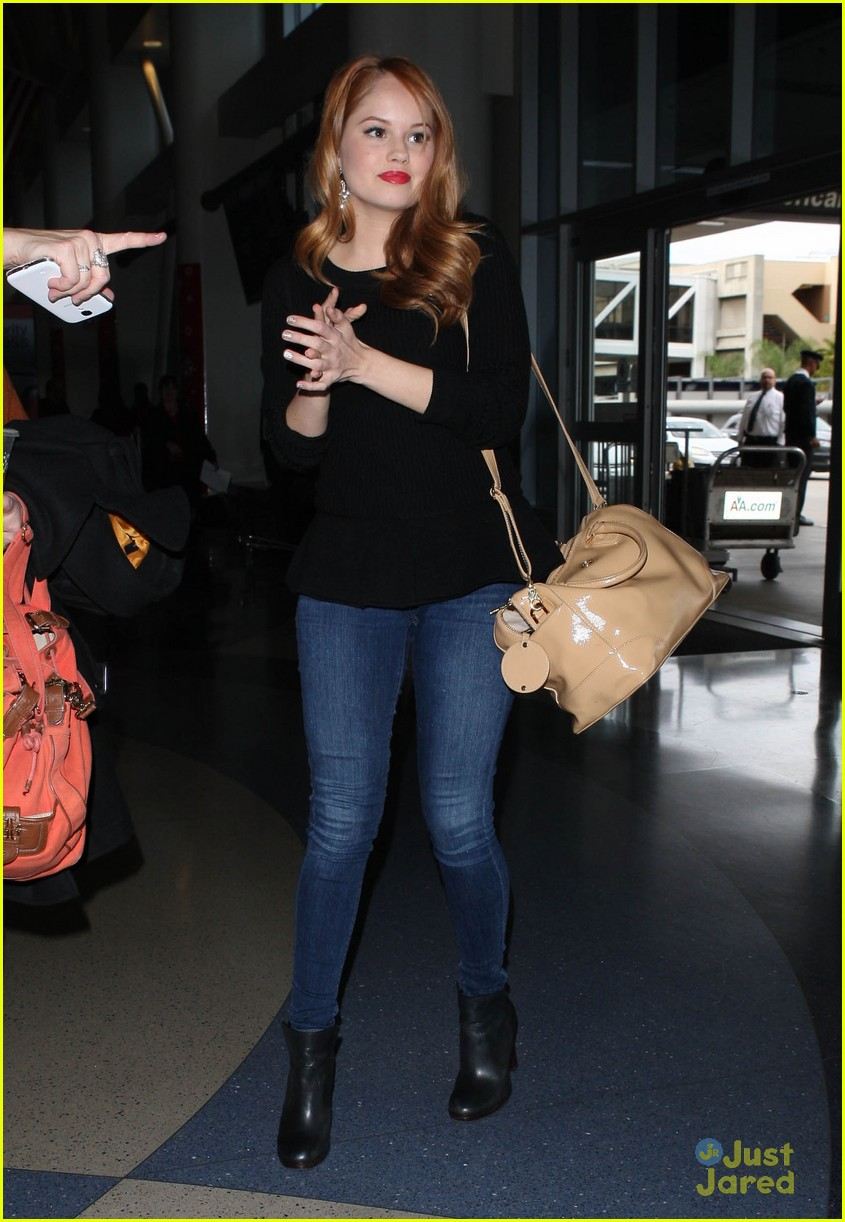debby ryan flight out lax 06