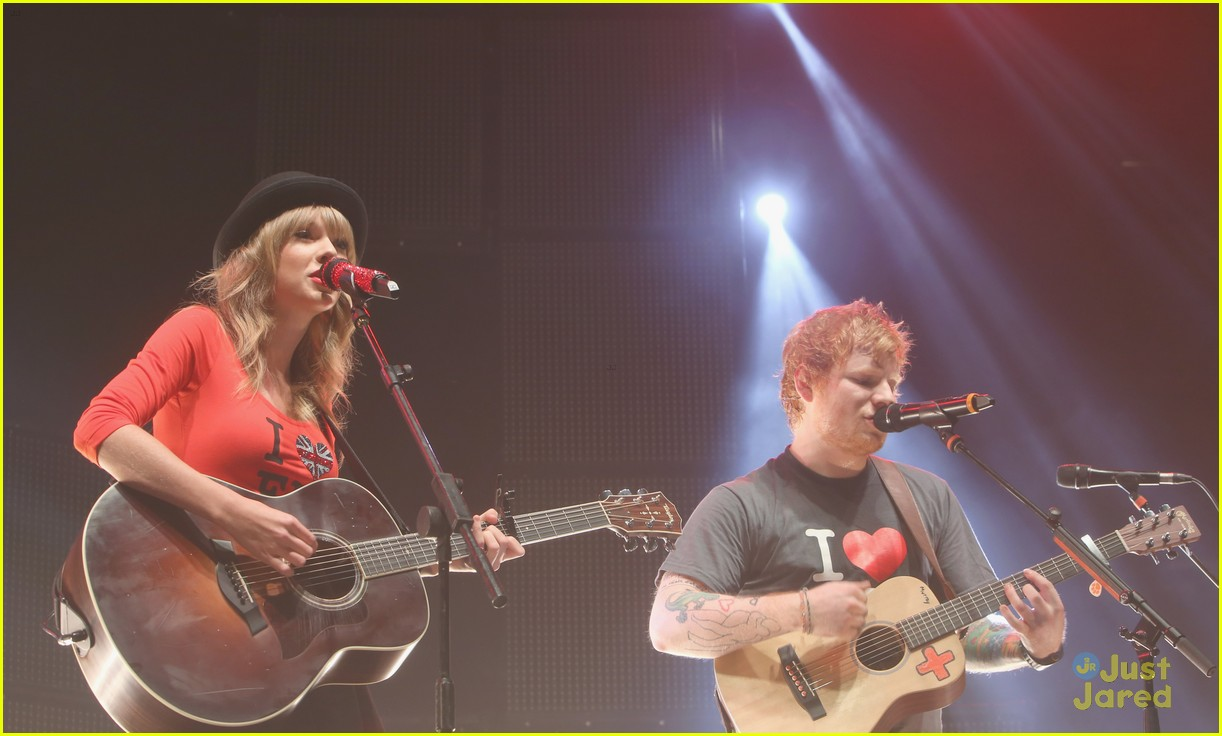 Ed Sheeran Film 39 Sesame Street 39 Spot Ahead Of Msg Concert With Taylor Swift Photo 613410