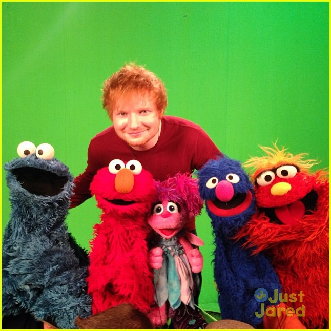 Ed Sheeran Film 39 Sesame Street 39 Spot Ahead Of Msg Concert With Taylor Swift Photo 613416