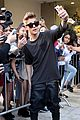 Bieber-previews justin bieber previews one life whats hatnin swap it out 02
