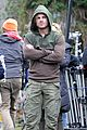 Amell-wig stephen amell dons wig arrow filming 07